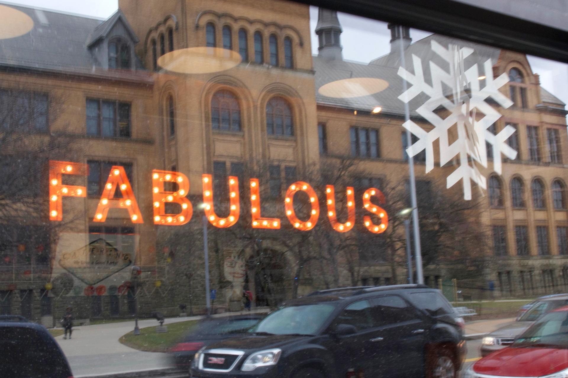buchstabenplus, Detroit