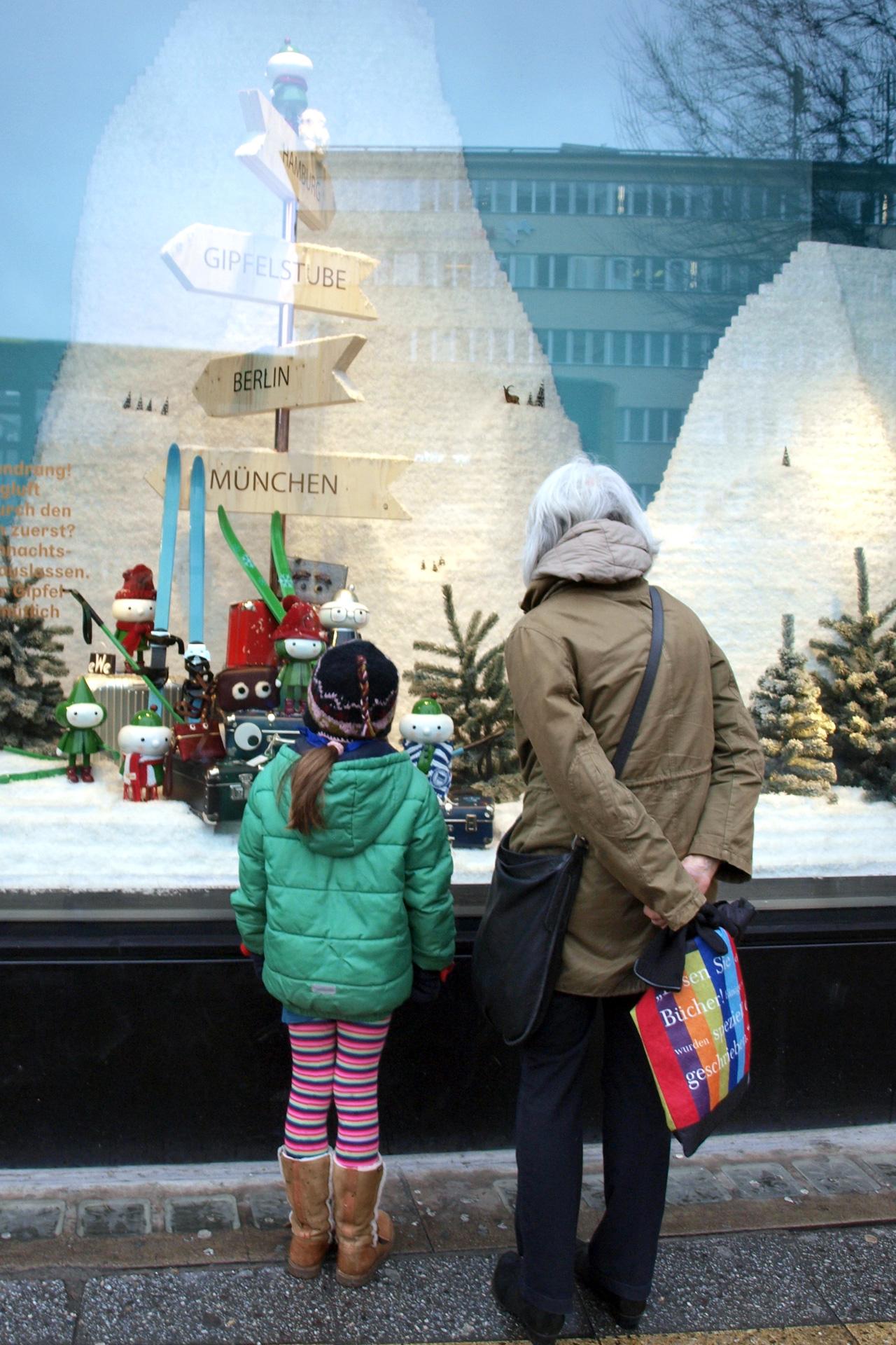 buchstabenplus - Weihnachtsdeko KaDeWe Berlin