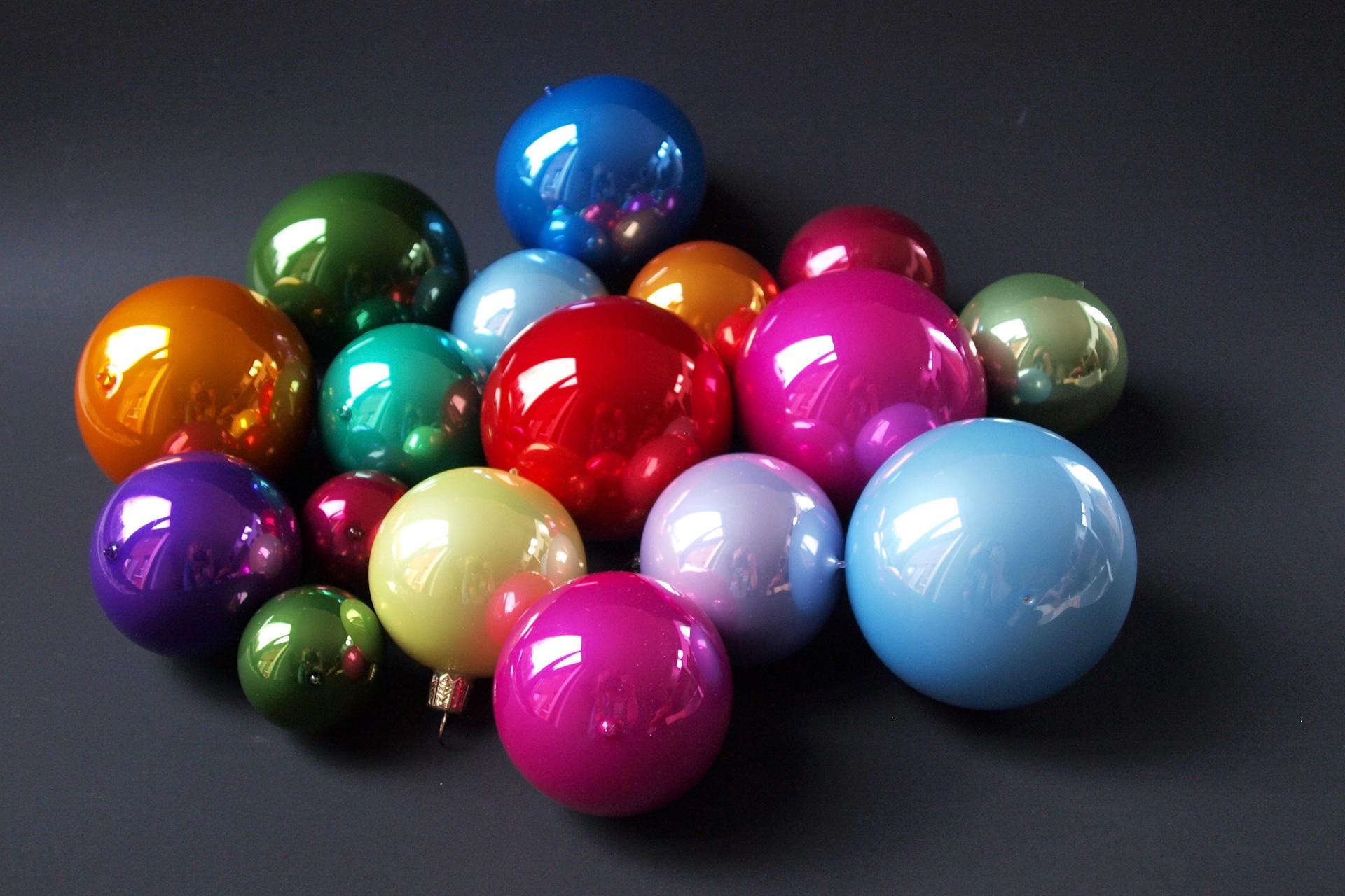 buchstabenplus - MoMA Ornaments